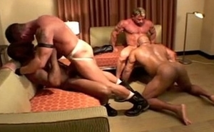 interracial muscled men fucking bareback